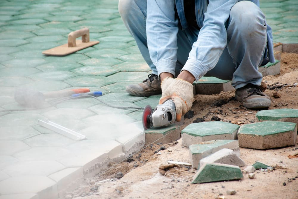 Cutting Flagstone Using Power Tools (3 Methods) How to Cut Flagstone | Alexander and Xavier Masonry