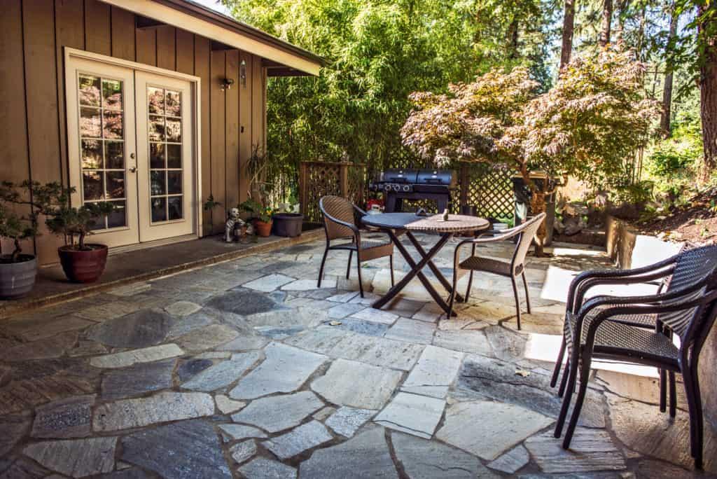 Flagstone Patio Tips Choosing your materials DIY Flagstone Patio | Alexander and Xavier Masonry
