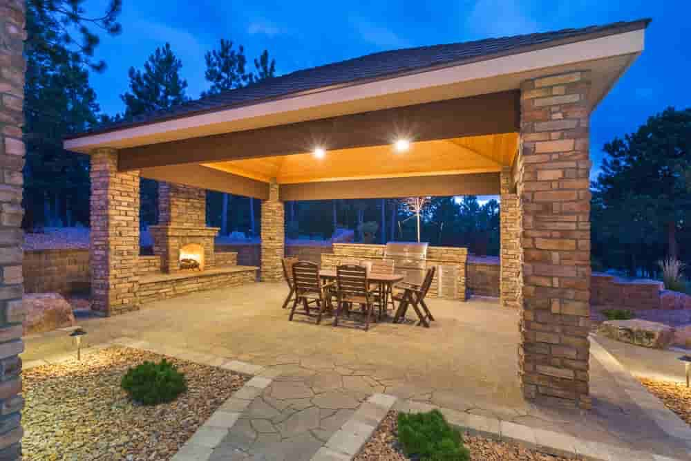 Outdoor Fireplaces And Outdoor Kitchens In Frisco, TX| Alexander and Xavier Masonry
