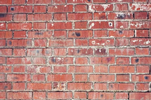 What causes brick discoloration anyway | Alexander and Xavier Masonry