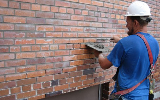 What is the Average Price for Tuckpointing Tuckpointing Price | Alexander and Xavier Masonry