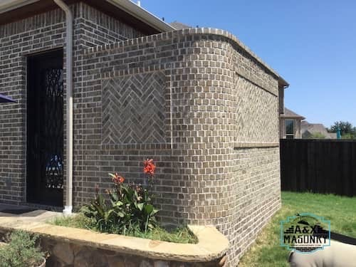 brick outdoor shower | Alexander and Xavier Masonry